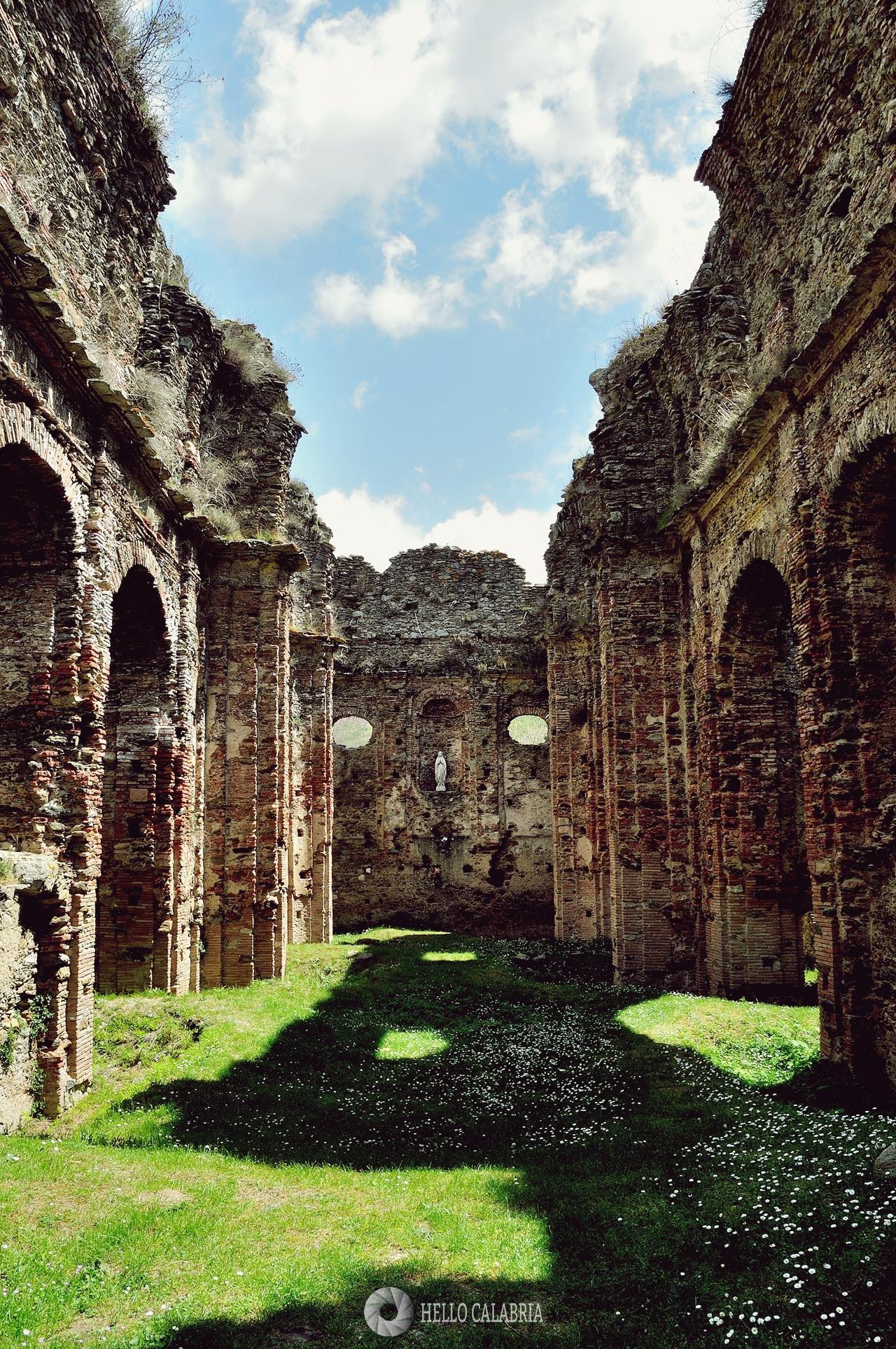L'Abbazia di Santa Maria di Corazzo